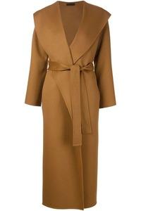 Бежевое пальто халат